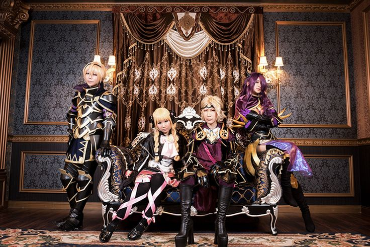 Some insane cosplay of the royal Nohrian family | Fire Emblem: If/Fates cosplay - Leon/Leo, Elise, Marx/Xander, Camilla