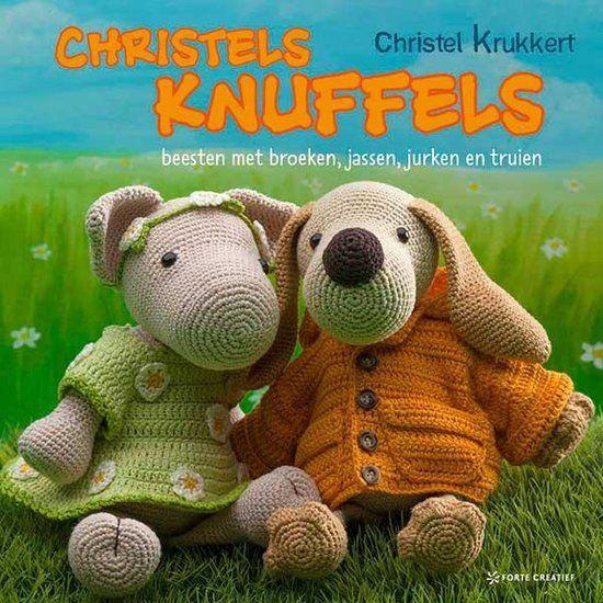 Christel heeft een hele collectie knuffelbeesten gehaakt, die de lange haaknaald wachten op de liefdevolle armen van een kind. De beesten zijn iets groter dan de amigurumi uit haar eerdere boeken, …