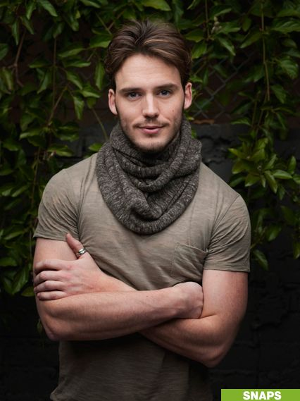 Sam Claflin to play Finnick Odair in Catching Fire