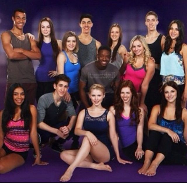 Season 3 cast of The Next Step Max, Amanda, Riley, James, West, Cierra, Michelle, Eldon, Stephanie, Thalia, Noah, Emily, Giselle and Chloe