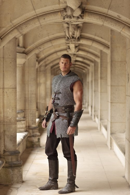 "Tom Hopper - THE exception to ""I don't usually like muscley guys..."""