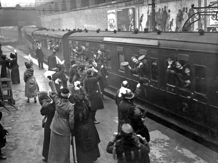 Leaving London 1915: