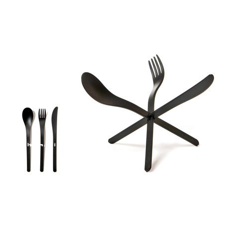 Perfect for a cool dinner party.   JOIN is a bright and sculptural cutlery set that makes entertaining more fun. Each durable plastic set slides together to create a starburst centerpiece that provides guests with an engaging, pre-meal challenge