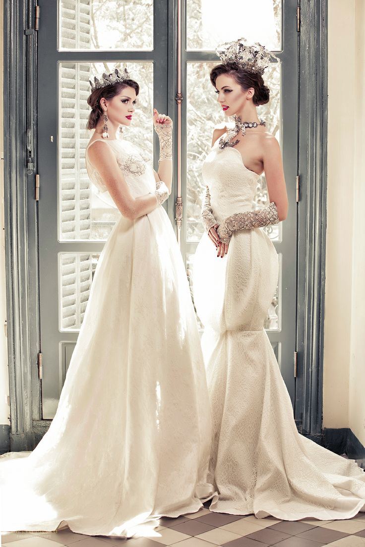 Strapless mermaid wedding dress in Blooming lace, with 3D mermaid gown. See more at: http://www.weddinginspirasi.com/2013/12/05/meera-meera-fall-2013-wedding-dresses/