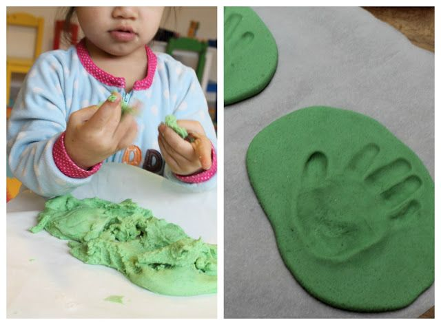 Make it Cozee: Tutorial: Updated Hand Print Ornament