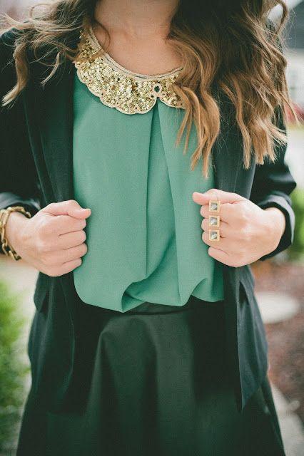 Green pleats + love the Peter Pan collar!