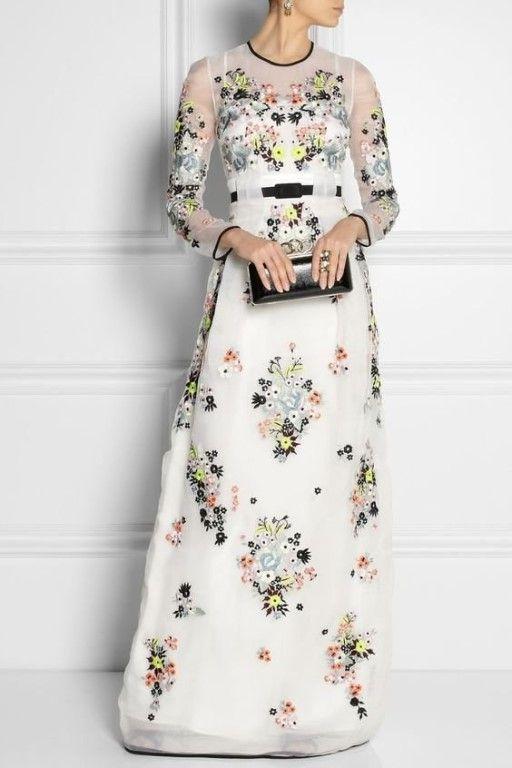 Великолепные макси платья с цветочным принтом http://artlabirint.ru/velikolepnye-maksi-platya-s-cvetochnym-printom/  Великолепные макси платья с цветочным принтом. {{AutoHashTags}}
