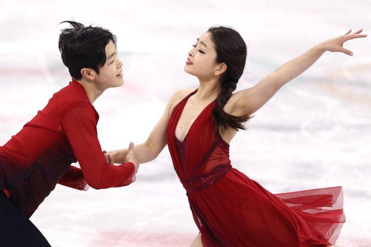 PyeongChang 2018 (@pyeongchang2018) | Twitter - PyeongChang 2018  Verified account @pyeongchang2018 Feb 11 Figure Skating Team Event Champions: Team Canada! Congratulations! 피겨스케이팅 팀 이벤트 1위에 빛나는 캐나다! 메달 순위권에 오른 국가 선수 팀의 화려하고 경쾌한 무대! @tessavirtue @ScottMoir #PyeongChang2018 #pyeongChang #Olympics #WinterGames #2018평창
