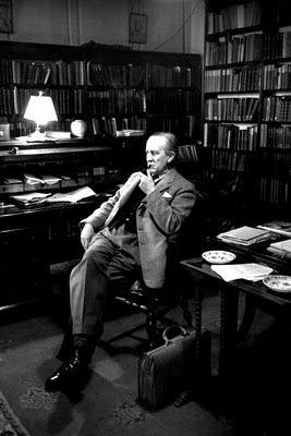 J. R. R. Tolkien na biblioteca
