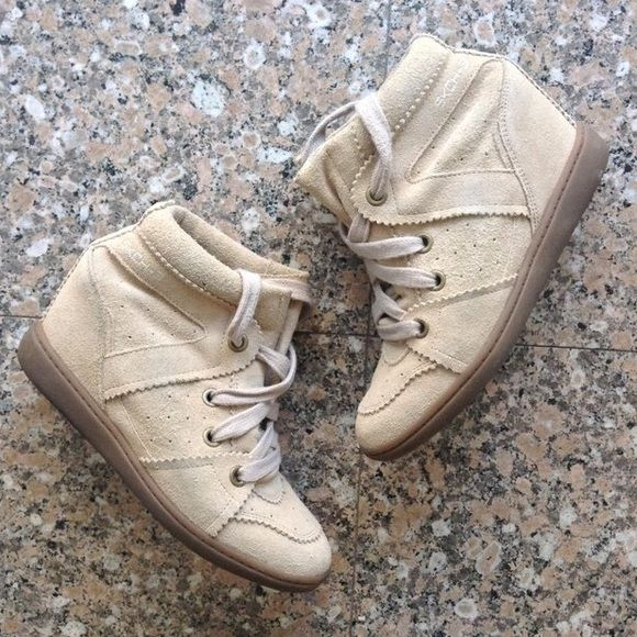 Skechers Wedge Sneakers A really awesome Isabel Marant Bobby inspired shoe! These sneakers are in a natural beige color, good worn condition, will be shipped without a box. Skechers Shoes Sneakers