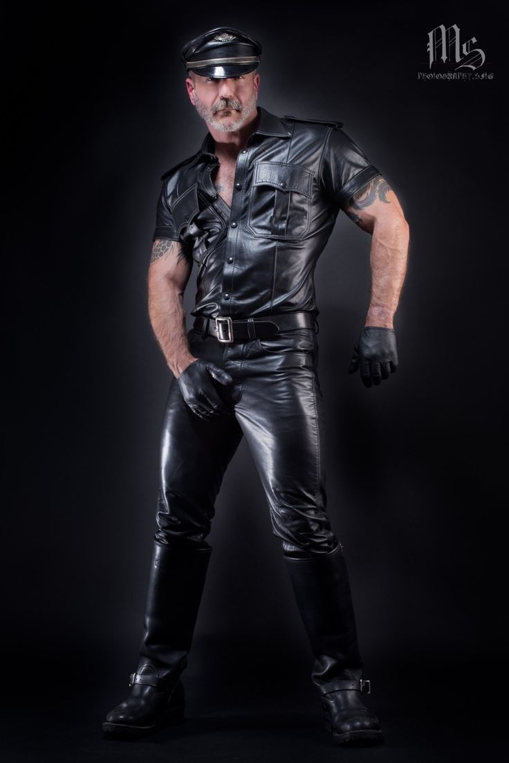 from Bentlee pictures gay leathermen