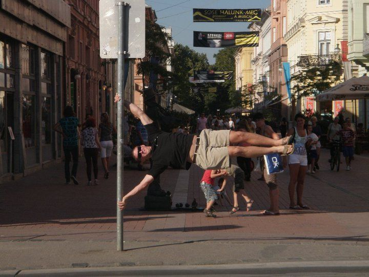 One of the team members stopped in the middle of the street to show off some skills!