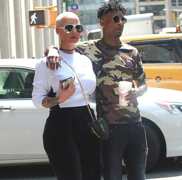 Photos: Amber Rose And Boyfriend 21 Savage Show PDA As They Stroll In NYC