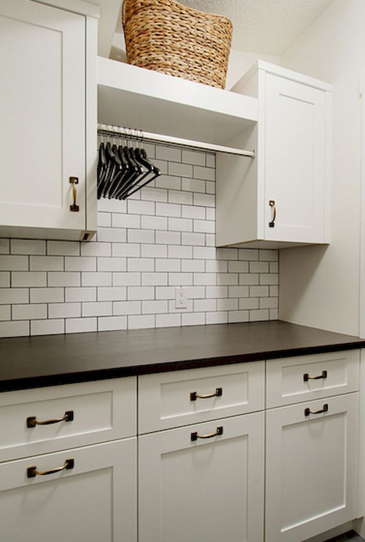 Cool 80 Beautiful Laundry Room Tile Pattern Ideas https://decorapartment.com/80-beautiful-laundry-room-tile-pattern-ideas/