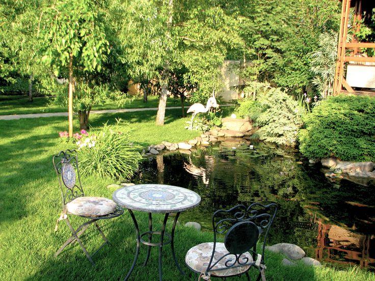 Декор участка загородного дома: мосты, уличная мебель и мостик. - Компания Укр Ландшафт Парк продумывает все до мелочей и делает это