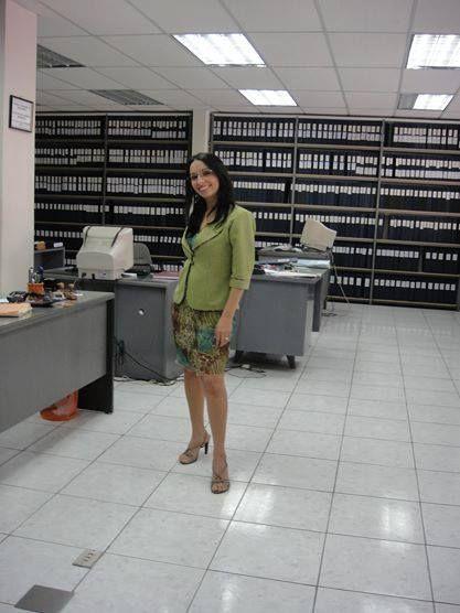 Diseño y confección de Sandra Huerta Rojas , para damas de la oficina del Conservador de bienes raíces.   Arica  2010