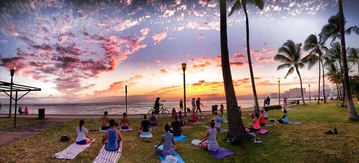 Beach | Sunset Yoga Hawaii | Wellness Retreats - Beach Yoga Hawaii Waikiki Honolulu ビーチヨガハワイ
