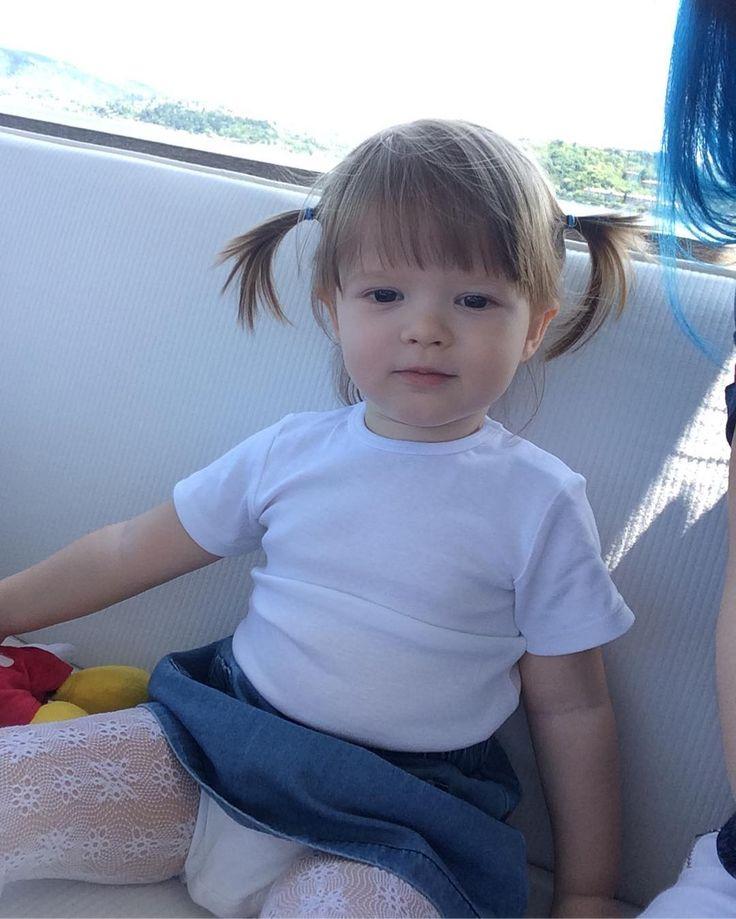 Ciddiyet��#istanbul#sahil#boğaz#tarabya#tekne#gezinti#teknekeyfi#mangal#mangalkeyfi#fotoğraf#anıyakala#anıyaşa#saç#stil#orijinalhaircolor#hair#blonde#blondehair#blondegirl#instababy#deniz#denizhavası#sarışın#kız#babygirl#snap#snapshot#annelergünü#gamzeli#gamzelimelek http://turkrazzi.com/ipost/1515316322165282604/?code=BUHfCqhA1cs