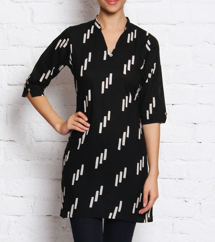 Black And White Printed Cotton Top #indianroots #fusionwear #top #cotton #printed #summerwear #casualwear