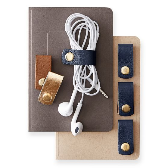 Cool father's day tech gifts for the dd on the go: Set of 4 Leather Cord Organizers | coolmomtech.com