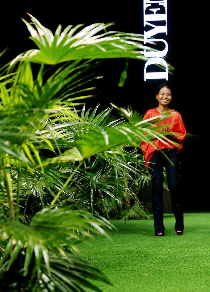 Vietnam Fashion Week SS17 - Ready to wear.  Designer: Duyen Huong Photo: Cao Duy