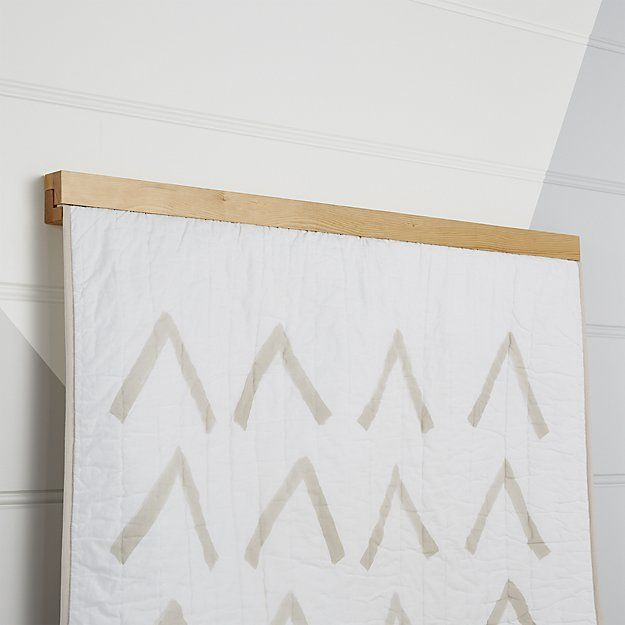 Wooden Quilt Hanger For The Home Quilt Hangers Quilt Wall