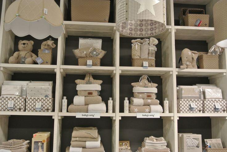 17 beste afbeeldingen over inizio moeder en kind op pinterest winkels kindje en met - Babykamer beige en wit ...