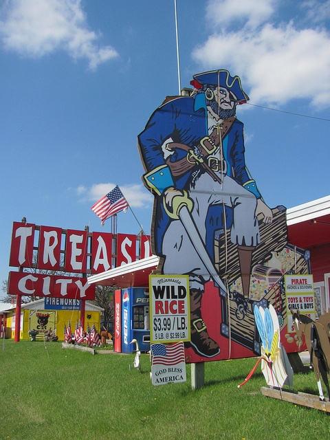 Treasure City, Royalton Minnesota - Rick and I finally stopped here - little kids would love all of the junk they have...