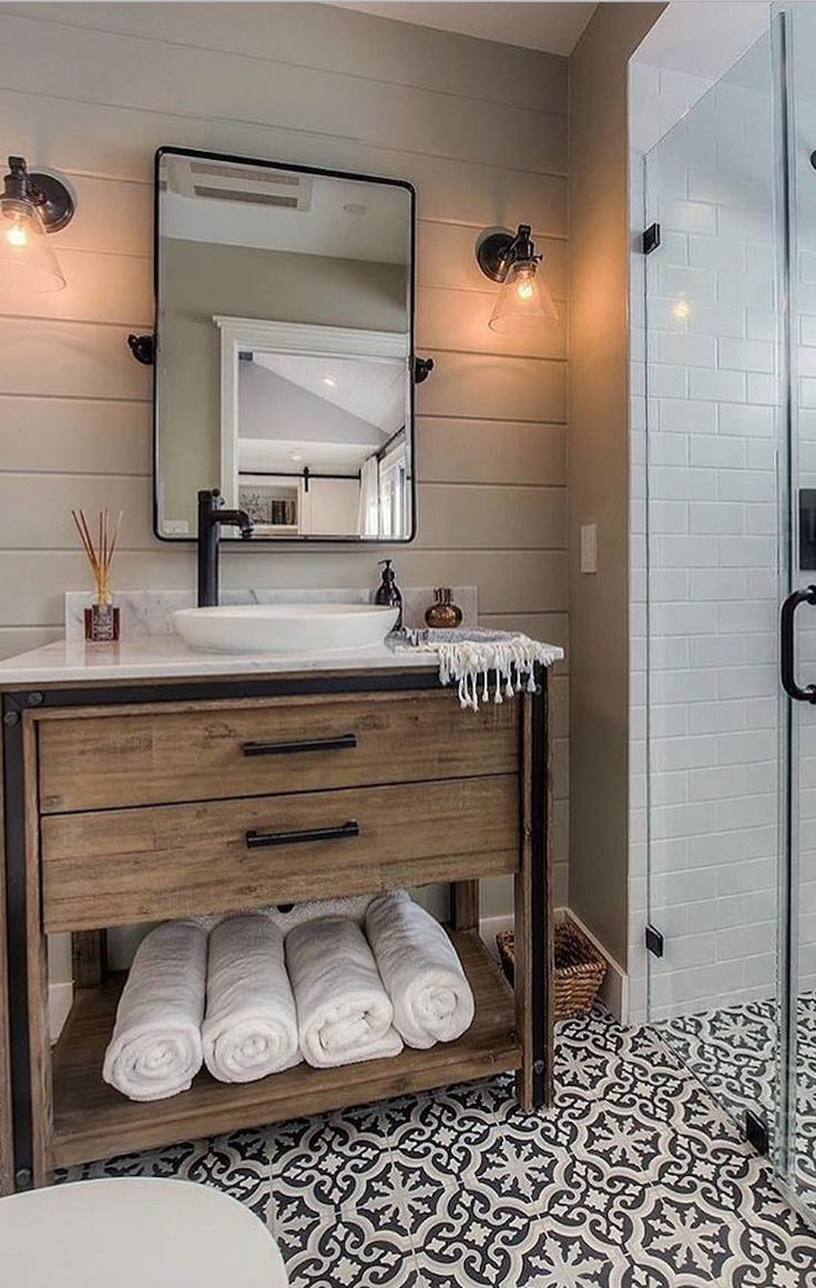 24 Ideas To Decorate And Organize A Small Bathroom With A