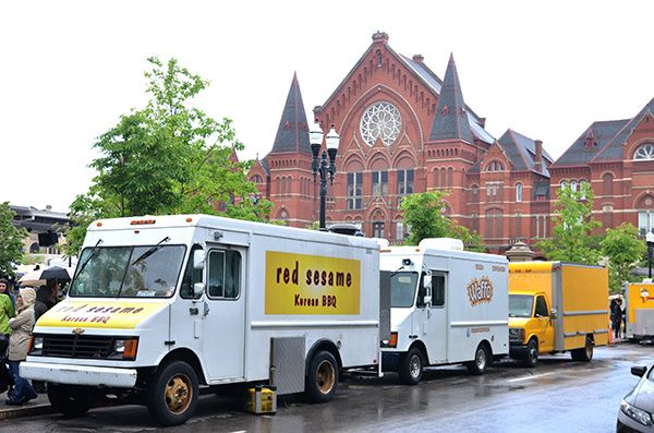 30 must-try Cincinnati food trucks