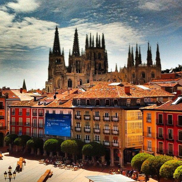 """""""La Plaza Mayor de #Burgos"""" en Instagram por Ivancito00"""