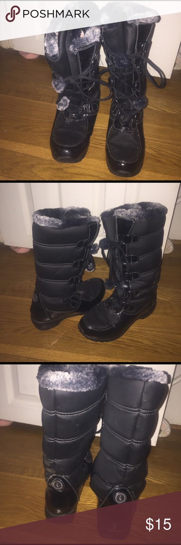Snow boots Black and very warm Sporto snow boots. I only wore them couple of times. Shoes Winter & Rain Boots