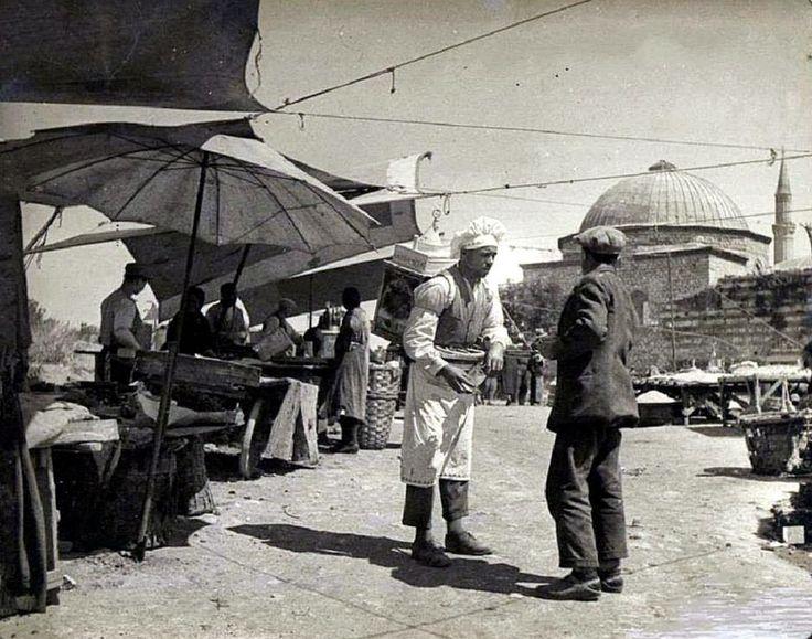1920'li yıllar...Fındıkzade Cuma Pazarı