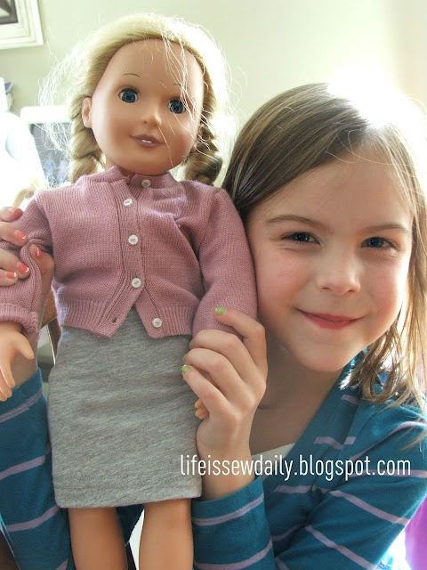 How to Make a Doll Skirt {tutorial} and a great way to recycle t-shirts!