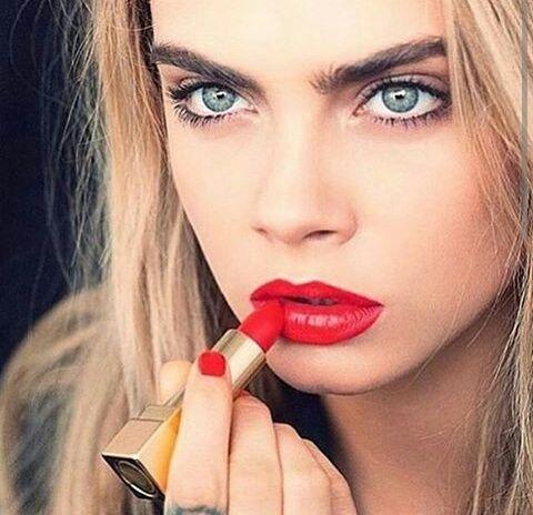 Imagen de cara delevingne, model, and red