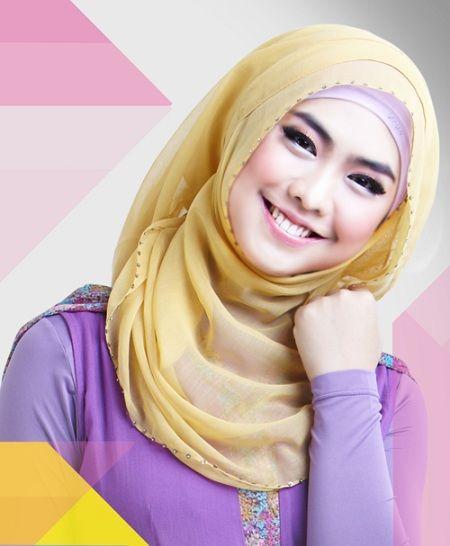 Bagi wanita muslim yang mengenakan hijab, masalah yang sering dihadapi tentunya pada kulit kepala da