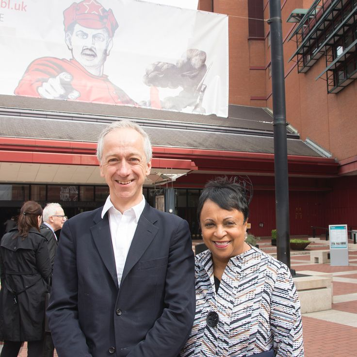 Yesterday Carla Hayden, the first woman and first African American to lead the @librarycongress, the national library of the United States, visited the British Library.  Here are just a few highlights from the day!  Dr Hayden met with our CEO Roly Keating for a tour of our public spaces including the King's Library, took a look at our #BLGayUK exhibition, visited the #BLTreasures Gallery and saw our 'Comics and Cartoon Art from the Arabic World' display with our Head of Culture and Learning…