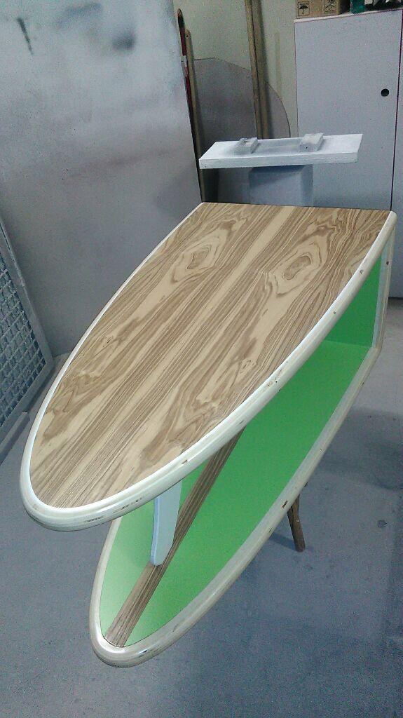 Surfbrett Tisch