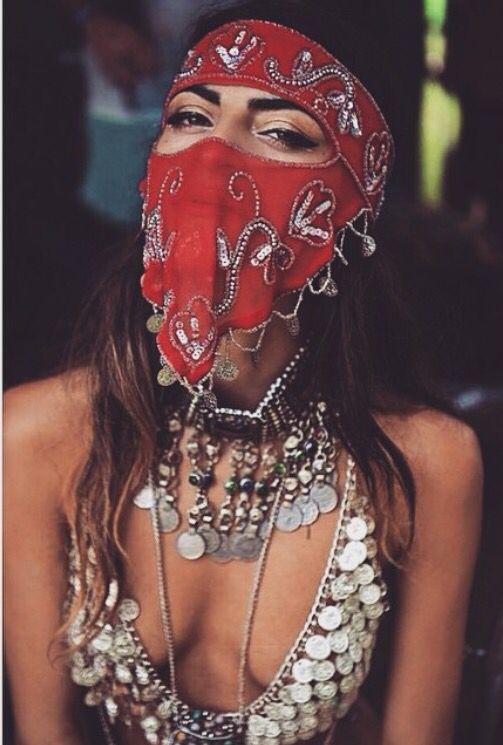 Festival look, bandana, desert look, silver jewelry, beauty inspiration, festival insp, burning man fashion, outfit idea for music festival