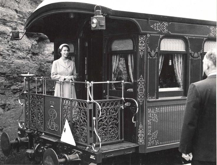 Queen Elizabeth II, Blue Mountains visit 1954. N.S.W