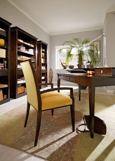 Desk SOPHIA designed by Tiziano Bistaffa #SELVA #furniture #desk #chair