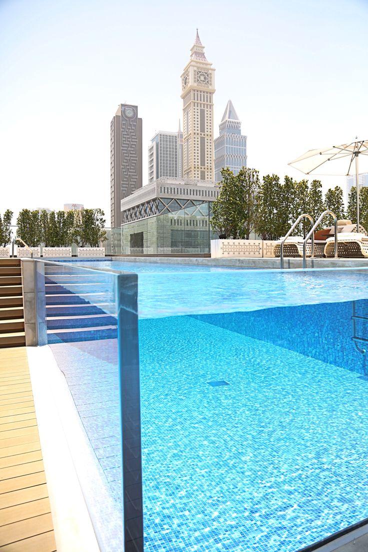 rooftop-pool-fourseasons-difc-hotel-dubai