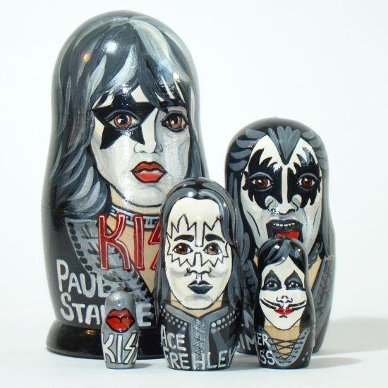 Купить матрешку The Kiss. Рок группа Кисс