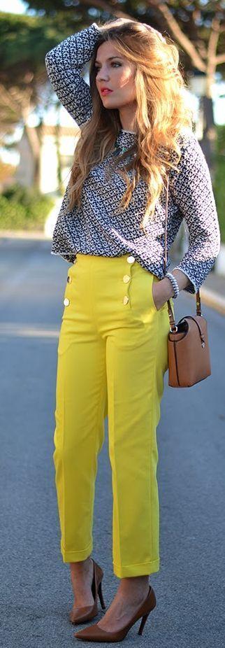 Yellow Crop Trousers by Mi Aventura Con La Moda