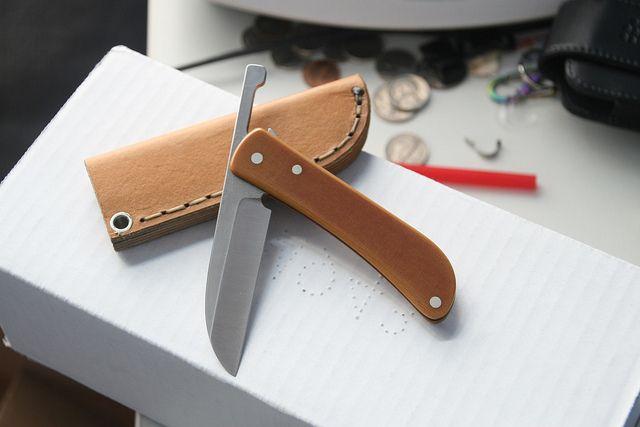 Fine texture on blade: Michael Morris Fiction Folder