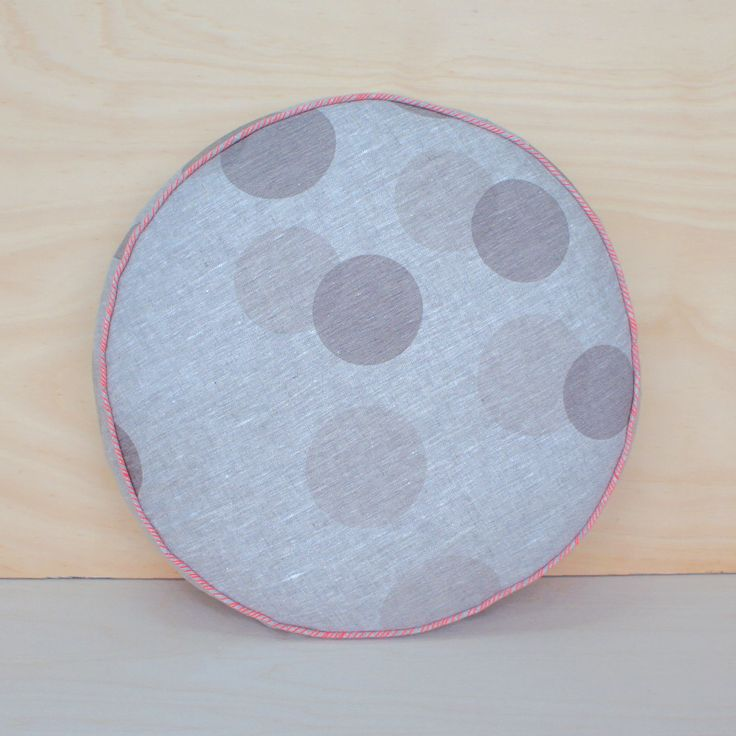 large dot – charcoal