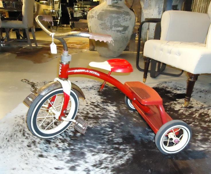 Vintage Radio-Flyer Tricycle | - 202.1KB