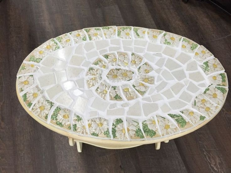 How to Add a Mosaic Makeover to an Old Table (Using Plates!)