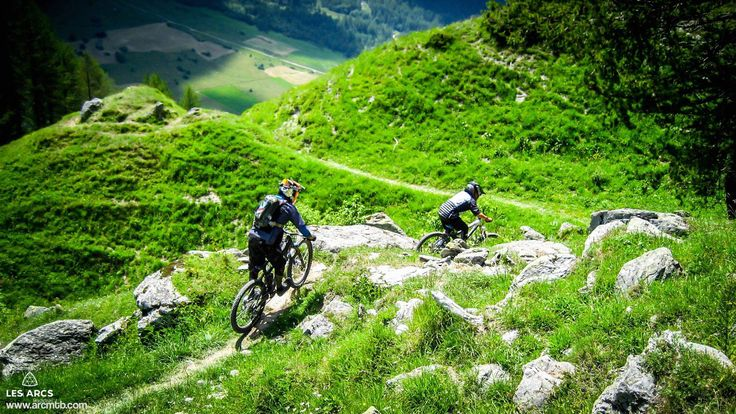 #Mountain dream resort ! #mountainbike #hiking #herolesarcs #alps #paradiski  Tag us #lesarcs (c) Nicolas. Secerov