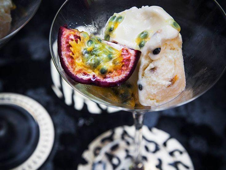 Fräsch glass med härlig smak av passionsfrukt.
